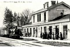 Bar-Sur-Seine_BAR-sur-SEINE-Aube-Vue-interieure-de-la-gare-arrive-un-train