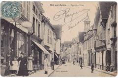Bar-Sur-Seine_Grande-rue-02