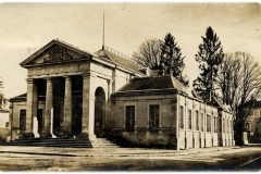 Bar-Sur-Seine_palais-de-justice-4