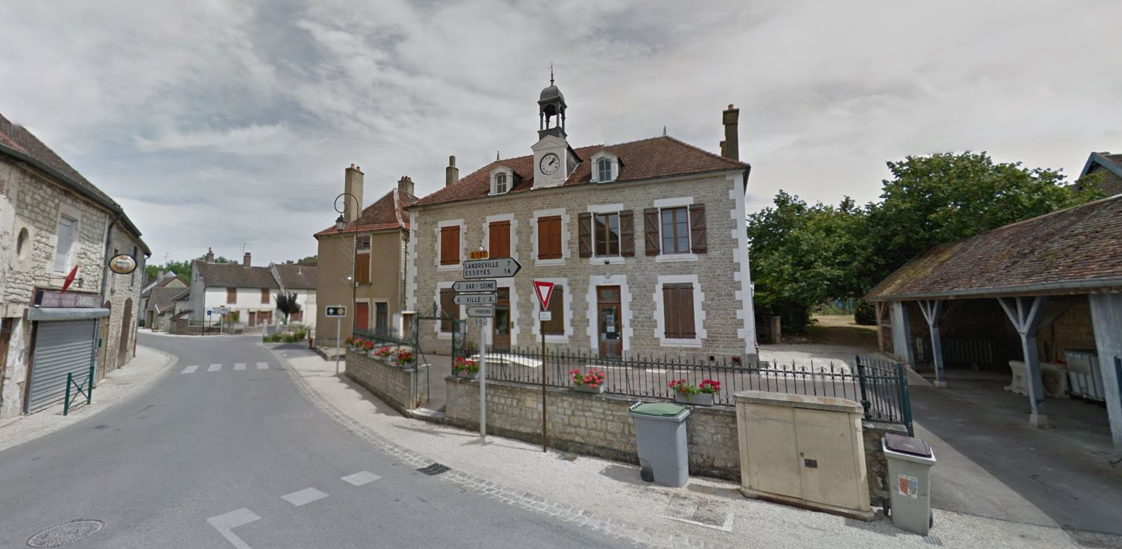 Merrey-sur-Arce (10110)